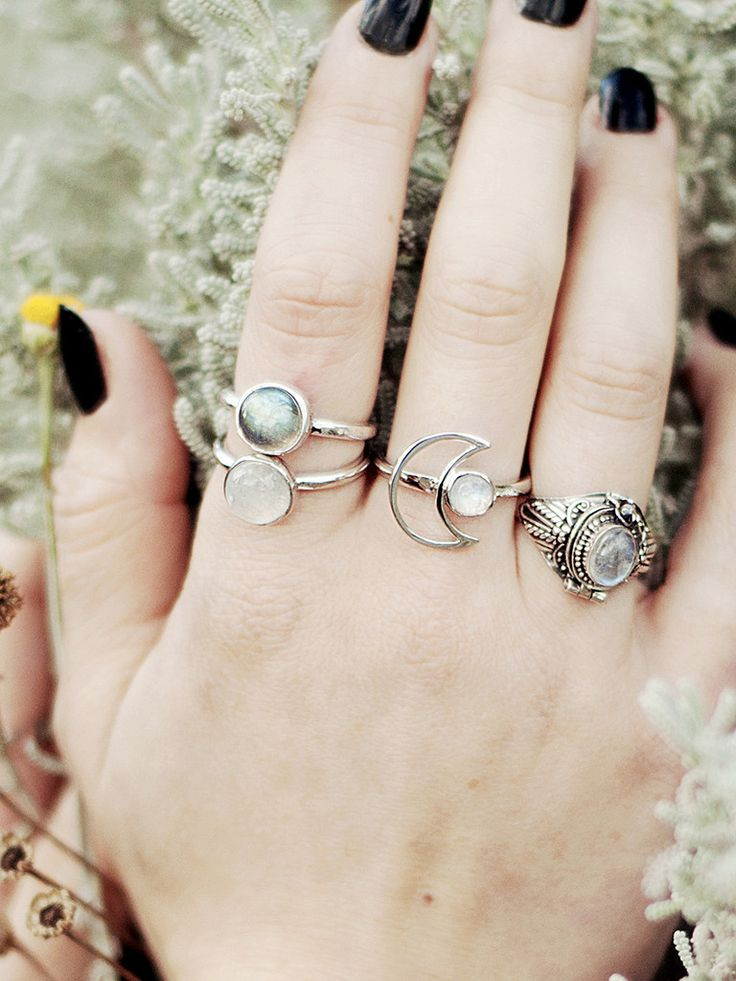 Moondancer Ring Moonstone Silver – Shop Dixi