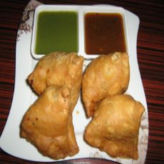 $   ℝ $  #yummysamosa #streetfood