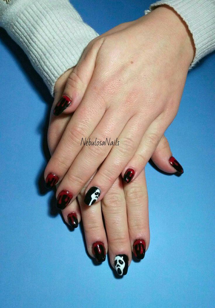 Copertura gel  #coperturagel #nero #rosso #sangue #scream #bianco #halloween #nailartatema #party #curadellemani #manicurate #mani #hands #bigliettodavisita #bellezza #cura #manicure #nails #nailart #unghianaturale #napoli