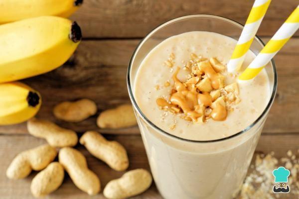 10 Batidos De Proteínas Caseros Para Adelgazar Y Cuándo Tomarlos Batido Proteinas Casero Batido De Banano Recetas De Batidos De Banana