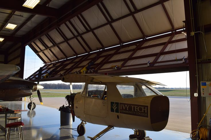 Ivy Tech Aviation Center at Smith Field - Fort Wayne, Indiana | New ...