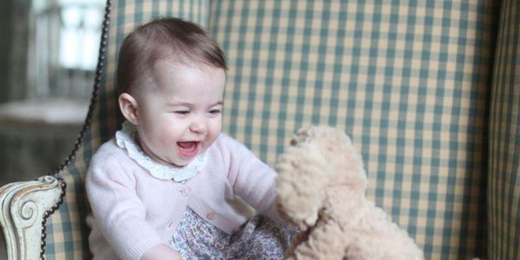 La princesse Charlotte a déjà son propre rouge à lèvres!