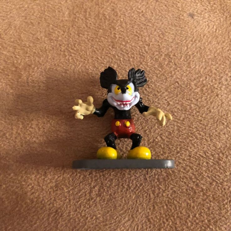 The Runaway Brain Mickey Mouse Disney Collector Pack Disneykin World Land figure