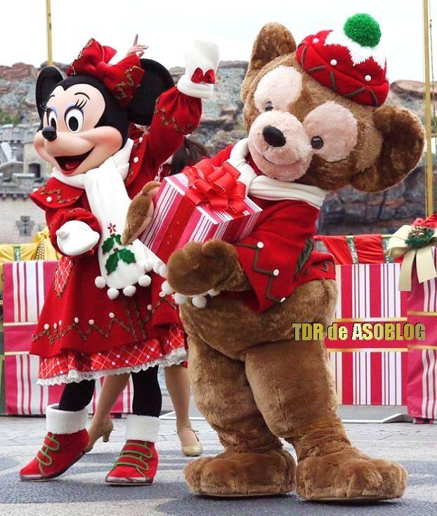 ミニーとダッフィー、ダッフィーの着ぐるみならhttp://www.mascotshows.jp/
