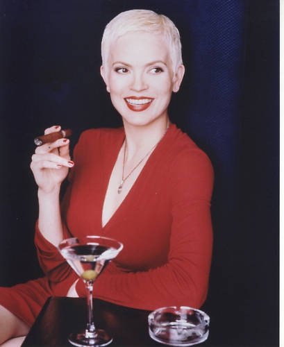 Elizabeth Gracen - Highlander: The Raven