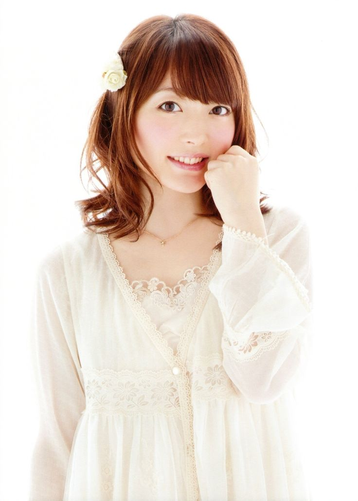 Kana Hanazawa Nude Photos 30