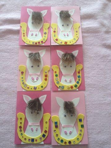 Luusmeitlifashion : Pferdegeburtstag Einladungskarten http://www.muggelchens-kuschelwear.blogspot.ch/2012/11/pferdegeburtstag.html Viele Spiele Ideen und Deko findet ihr auf meinem Blog!