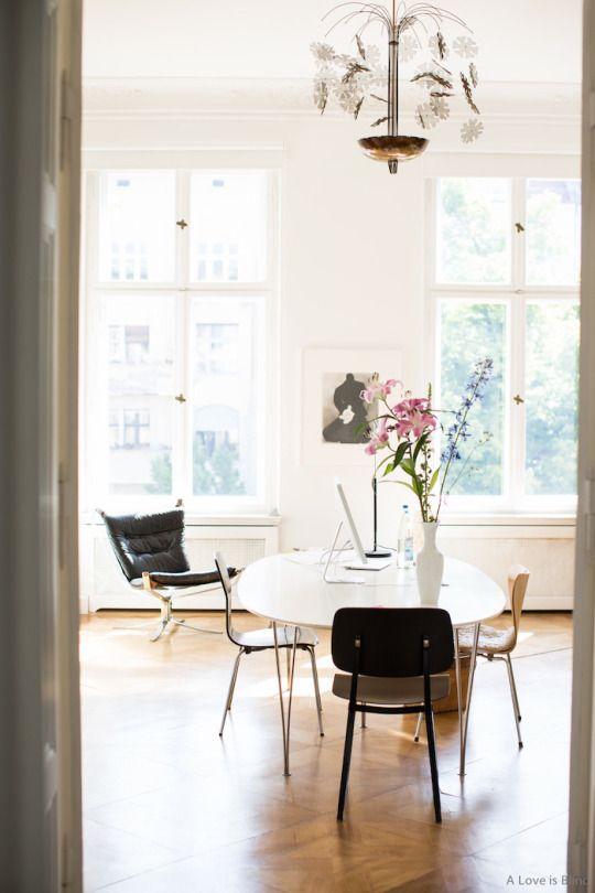 http://madabout-interior-design.tumblr.com/post/129717598556/berlin-apartment-of-publisher-interior-designer