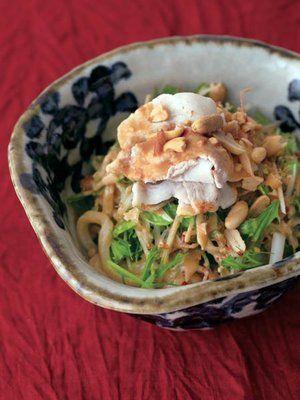 【ELLE a table】豚しゃぶ、みょうが、水菜、ナッツのごまだれうどんレシピ|エル・オンライン