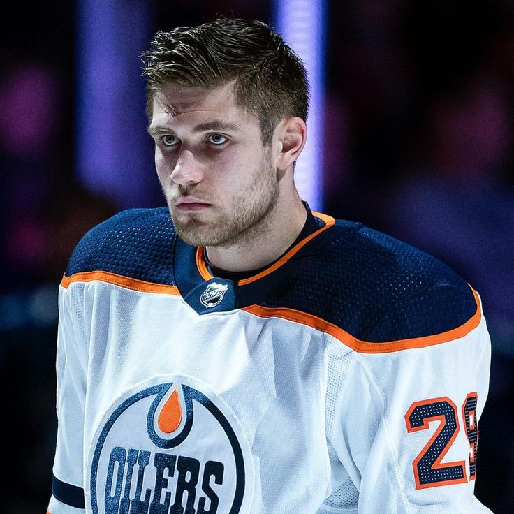 """2,589 Likes, 31 Comments - Edmonton Oilers (@edmontonoilers) on Instagram: """"Leon Draisaitl & Drake Caggiula are travelling with the #Oilers & could return to action Saturday…"""""""