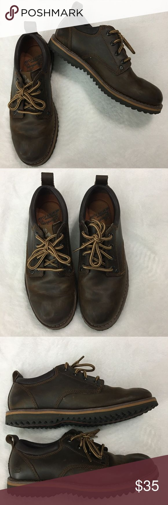 Skechers Brown Leather Lace Up Oxfords Size 8 This is a pair of men's Skechers Brown Leather Lace Up Oxfords Size 8. This shoes are in excellent like new condition. Please take a look at all photos for condition and if you have any questions feel free to ask. Skechers Shoes Oxfords & Derbys