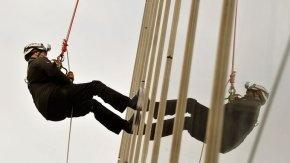 Spektakuläre Aktion in London: Prinz Andrew seilt sich ab
