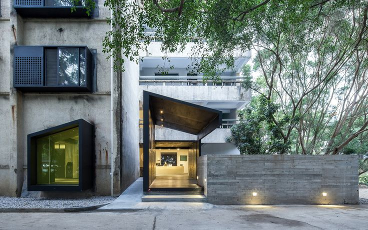 Galeria - Albergue iD Town / O-office Architects - 11