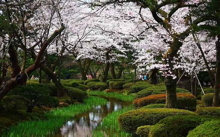 Kenroku-en | 兼六園庭園花見橋付近1280x800サイズ 左クリックで ...