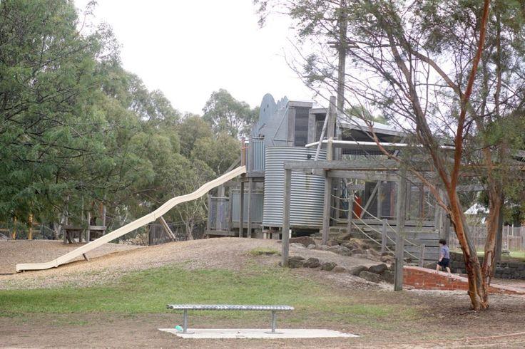 HOT: Bundoora Park Farm, 1069 Plenty Road, Bundoora http://tothotornot.com/2016/05/bundoora-park-farm-plenty-road-bundoora/