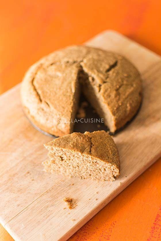 Gateau corse a la farine de chataignes [remplacer les oeufs par 300 grammes de compote de pommes > diminuer la quantité de sucre dans le gateau]