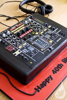 dj cake with speakers - Google Search                              …