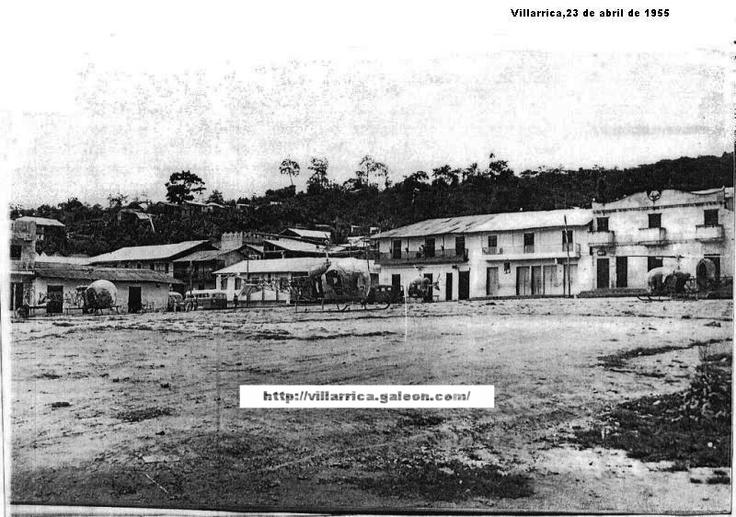 Fotografía del parque de Villarrica del año 195..., en el tiempo de la Violencia, cuando Rojas Pinilla mandó bombardear a Villarrica Tolima,historia de colombia