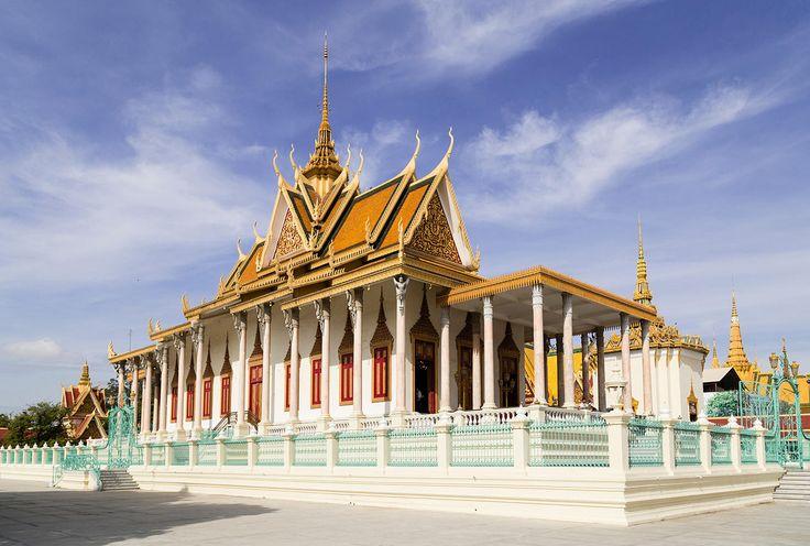 Admirar la belleza del Palacio Real - Diez cosas que hacer en Phnom Penh