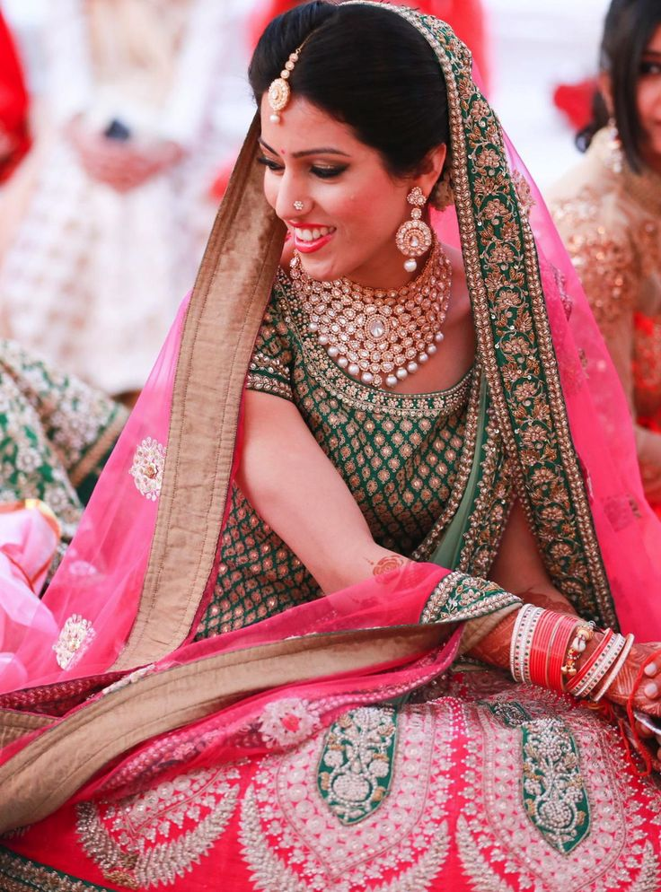 Deepti Yadav Makeup Artist Info & Review   Best Bridal Makeup in Delhi NCR   Wedmegood