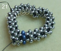 DIY - Heart in Right Angle Weave                                                                                                                                                      More