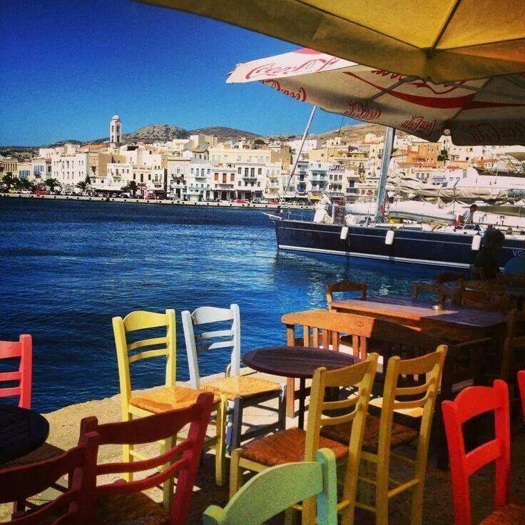 Little tavern overlooking Syros island