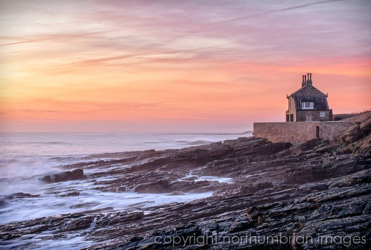 Howick bathing house early morning