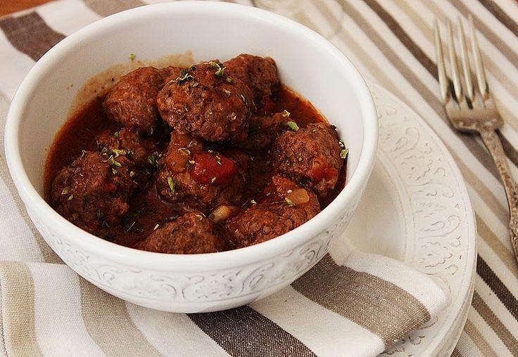 Cozinhadaduxa: Almôndegas com Tâmaras e Bacon em [Molho de Tomate...