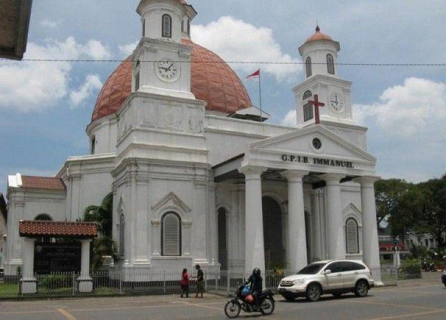 Kawasan Kota Lama Semarang menjadi jendela untuk melihat kebesaran Semarang masa lalu