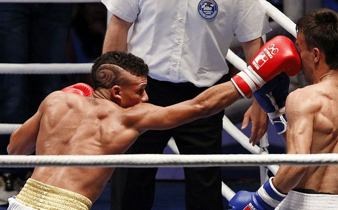 Cuba se desquita y barre 5-0 a Colombia en Serie Mundial de Boxeo