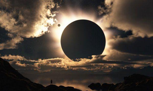 Солнечные и лунные затмения: Главные события второй половины 2017 года http://actualnews.org/nauka/175293-solnechnye-i-lunnye-zatmeniya-glavnye-sobytiya-2017-goda.html  Во второй половине текущего года ожидается несколько лунных и солнечных затмений. По мнению экспертов, они никак не отразятся на состоянии здоровья людей из-за магнитных бурь, однако некоторые из них можно будет наблюдать даже невооруженным глазом.