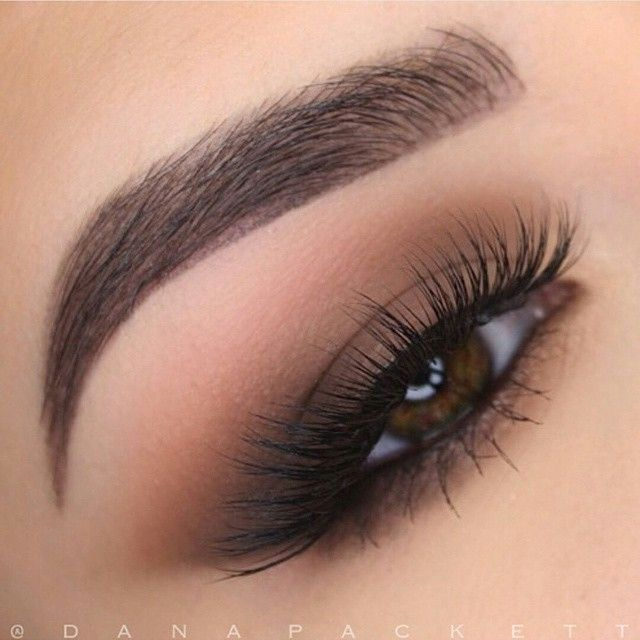 Ouu lala, what sultry looking eyes  Love this soft & smokey #eotd by @danapackett using these goodies: ✔Lashes: #VelourLashes 'Lash in the City' ✔Shadows: @tartecosmetics 'Tartelette' ✔Brows: @anastasiabeverlyhills 'Ebony'  Happy Monday loves!                                                                                                                                                                                 More
