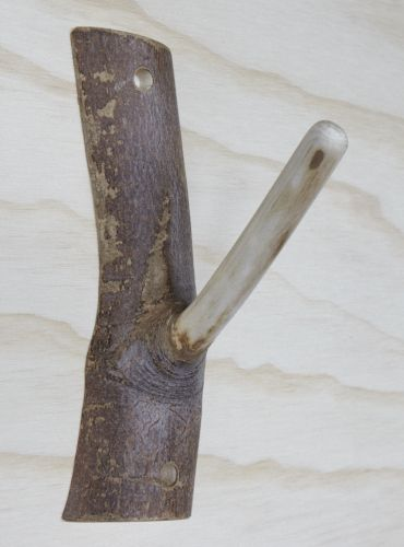 Une branche coup e devient un joli porte manteaux esprit r cup pinterest produits et - Porte manteau branche ...