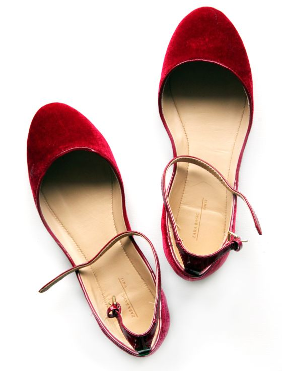 These have such a ' Dorothy's ruby slippers' vibe to them. Would look great with skinny jeans and a white collared shirt.