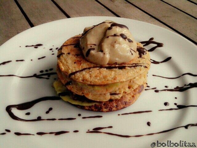 Oatmeal pancake w/avocado n banananana ice cream...