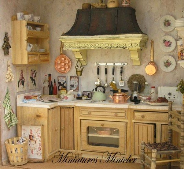 Miniature Dollhouse Kitchen RoomBox , Old Style, Fully Equipped , Set Scale
