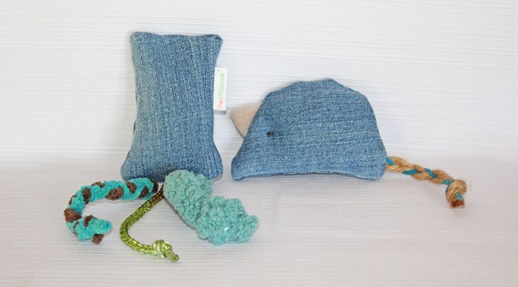 2 Cat nip toys, catnip toys, wool, catnip, mouse, kicker, cats, cat toys, kittens, pet toys, gifts for cat lovers, cat toy, handmade cat toy by PetPillowsPlus on Etsy