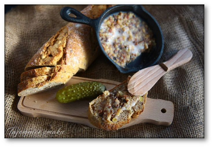 Domowy smalec na wędzonce z suszonymi grzybami i śliwkami – Tajemnice smaku