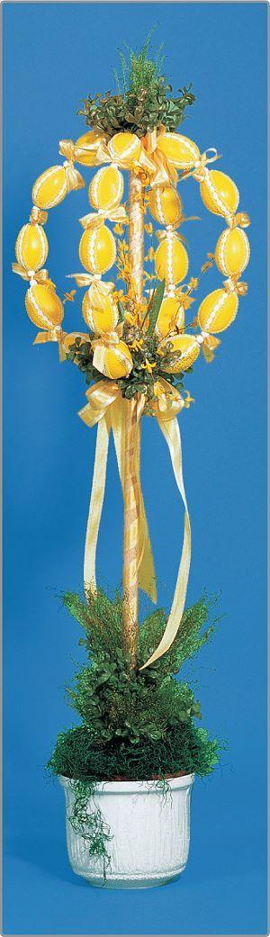 Vendégváró tojásfa  A Húsvét nem ér készületlenül ötleteink segítségével!  http://rayher.hu/hun/index.php?page=otletek&cid=12