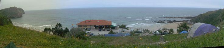 Desde la tienda de campaña en el Camping La Paz, Vidiago, Asturias