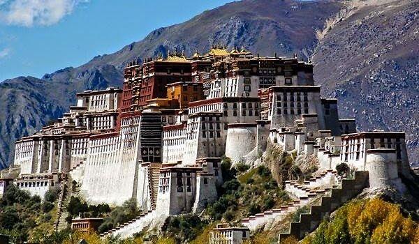 Potala Palace Beautifulplace Travel Mostbeautifulpalace Worldyatra Massorepalace Lhasa Tibet Tibet Lhasa
