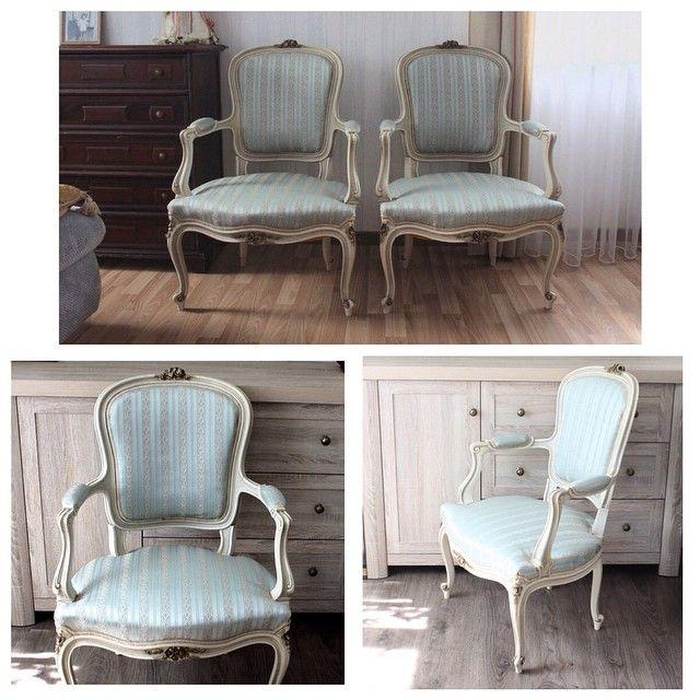31 500р цена за шт, к заказу доступны 2 шт Два кресла, французский стиль, новая качественная обивка, начало 1900-х годов  #буфеттабурет #bufettaburet #мебель #антиквариат #винтаж #необычнаямебель #красиваямебель #старина #красота #стариннаямебель #предметы интерьера #дизайнинтерьера #дизайн #интерьер #спб #мск #москва #питер #весна #солнце #порусски #любовь #design #vintage #love #interior #кресло