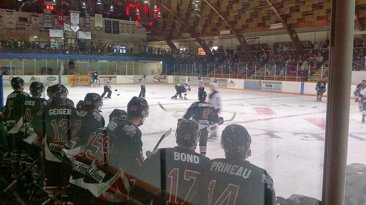During your visit to Fernie be sure to take in the popular local hockey games.