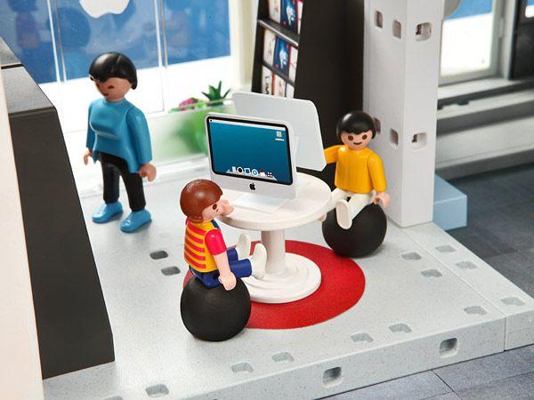 Playmobil fait son Apple Store - DANS LE MONDE - l'ADN