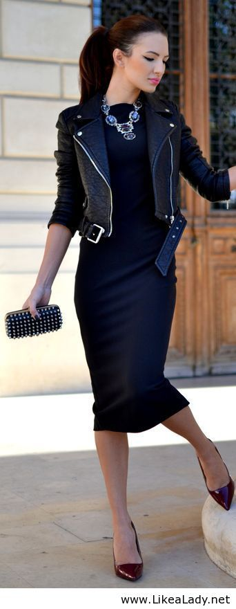 Love the sexiness of the black dress with the edginess of the leather jacket. What a great look! Not the necklace though!