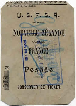 Rugby History : today 01/01 in 1906  France 8-38 New Zealand (All Blacks Tour 1906)  France entered international rugby's lists, opening their Test account with a 38-8 defeat by New Zealand in Paris. Legendary All Black Dave Gallaher captained the side in front of 3,000 fans at the Parc des Princes, with centre Carbine Wallace scoring a hat-trick of tries. France would have to wait five years for their first Test victory v Scotland in 1911. (original match ticket for this fixture is above)