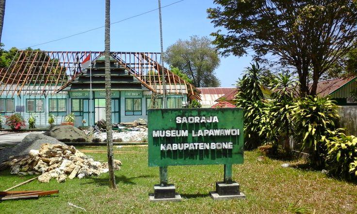 Radi The Explorer: BONE - MUSEUM LAPAWAWOI  Assalamu 'alaikum guys......