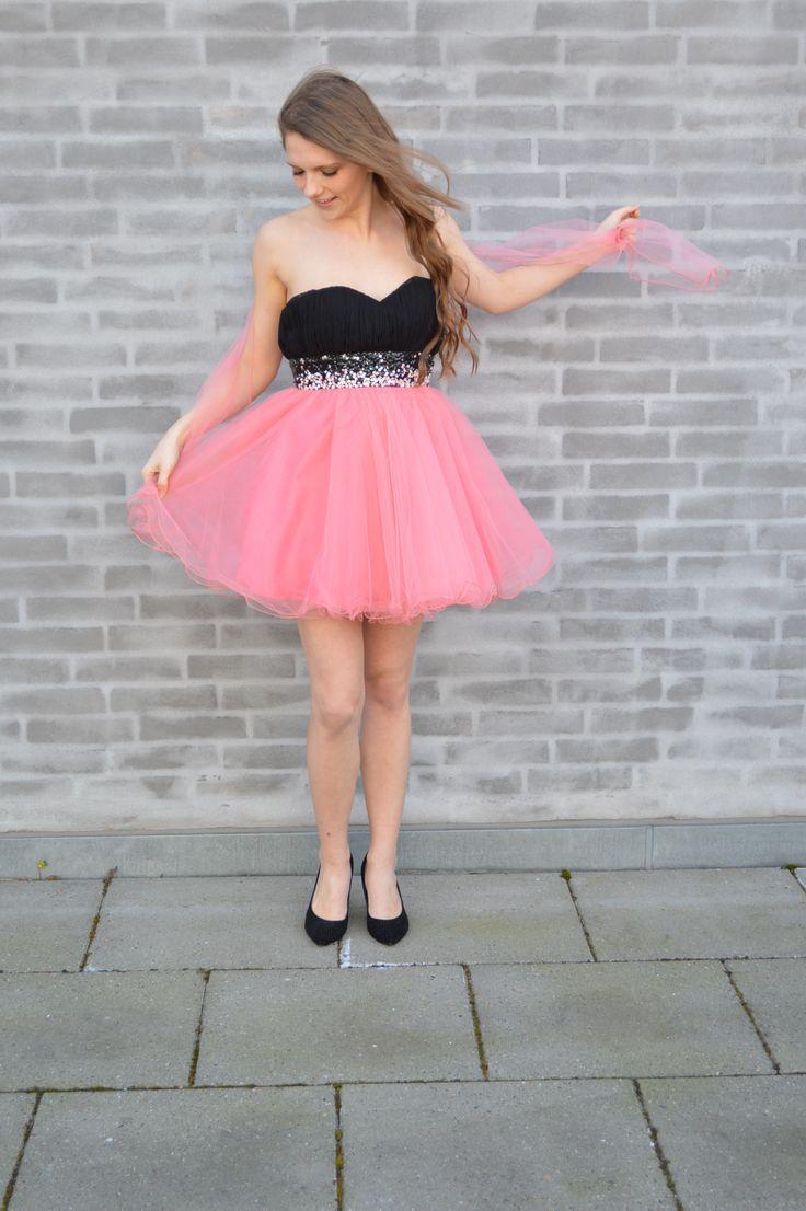 Be a princess for a day! #Galla #Prinsesse #Kjole #Galla #Fester #Højtid #Sommerkjole #Sommer #mode #Kvinder #Women