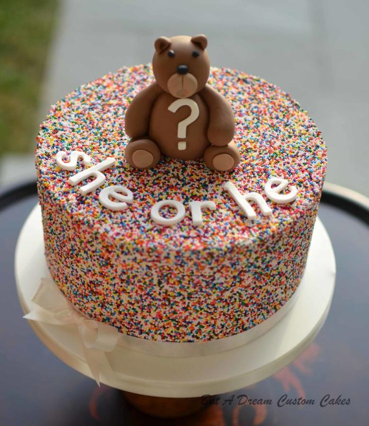 Sprinkle gender reveal cake - Cake by Elisabeth Palatiello