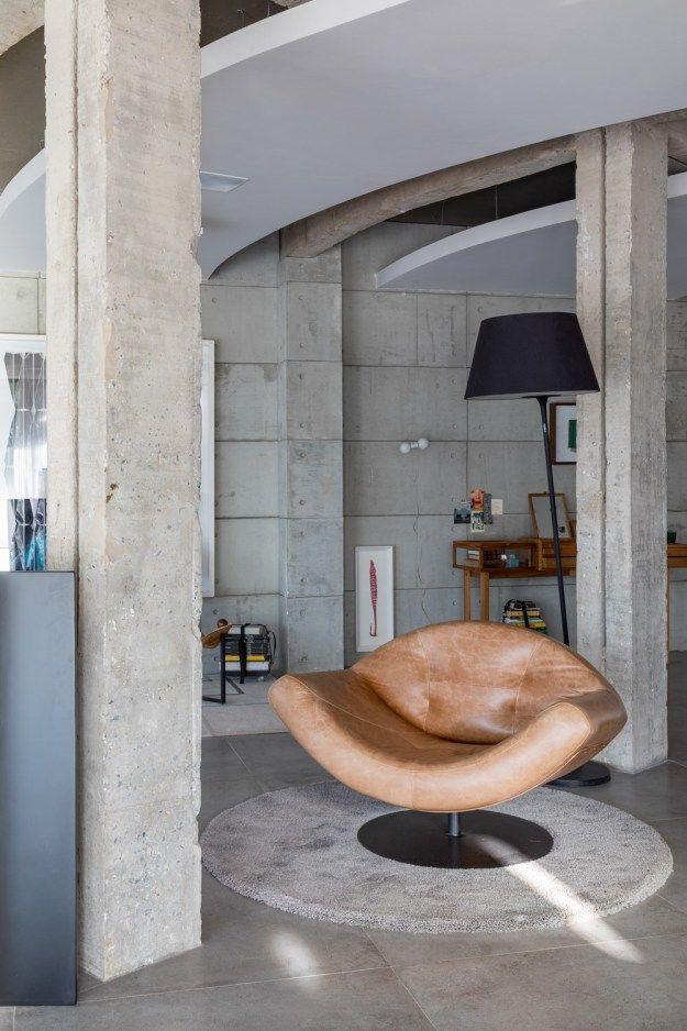 Gallery 6 One by Debaixo do Bloco Arquitetura - MyHouseIdea